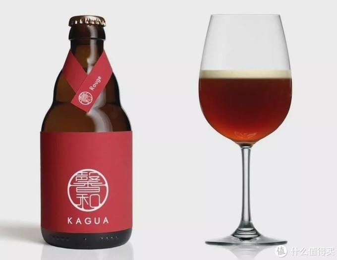 寄生虫里底层只能喝便宜啤酒,富人喝昂贵洋酒