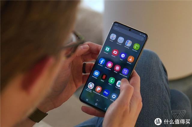 三星Galaxy S20系列、Galaxy Z Flip翻盖折叠手机正式发布