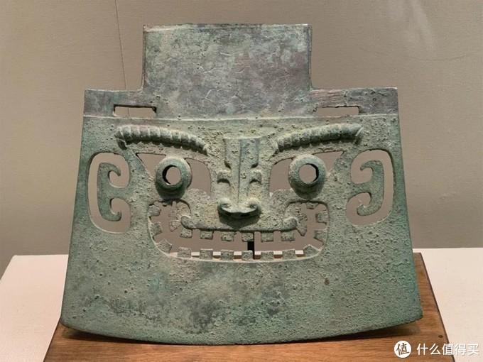 兽面纹铜钺商代中国国家博物馆 by 那个老撕机