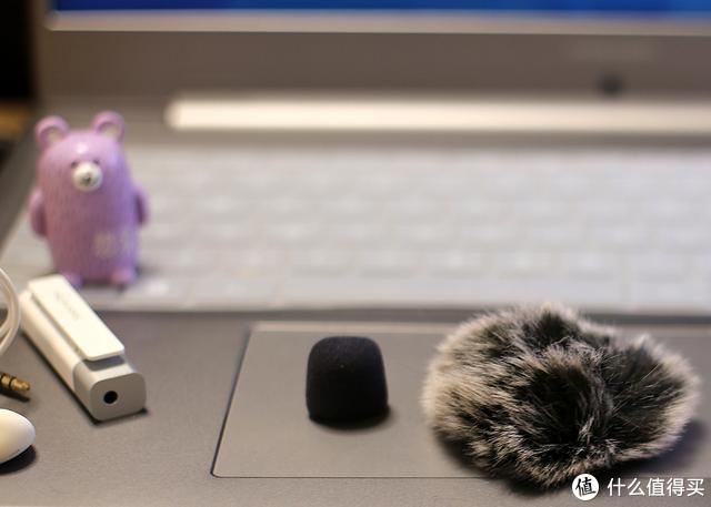 塞宾智能无线麦克风提升Vlog音质,颜值实力双在线