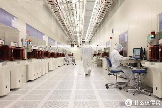 图为Intel位于美国犹他州的晶圆工厂