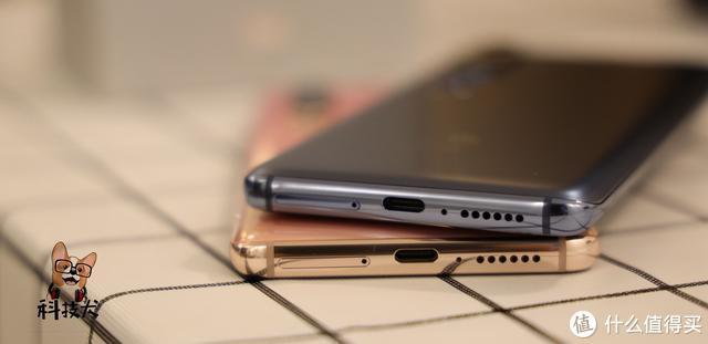 小米10、小10 Pro详细对比:一亿像素8K电影相机5G旗舰到底咋选?