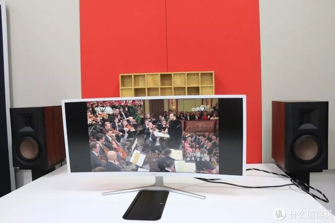 惠威D300有源蓝牙音箱,客厅桌面两相宜