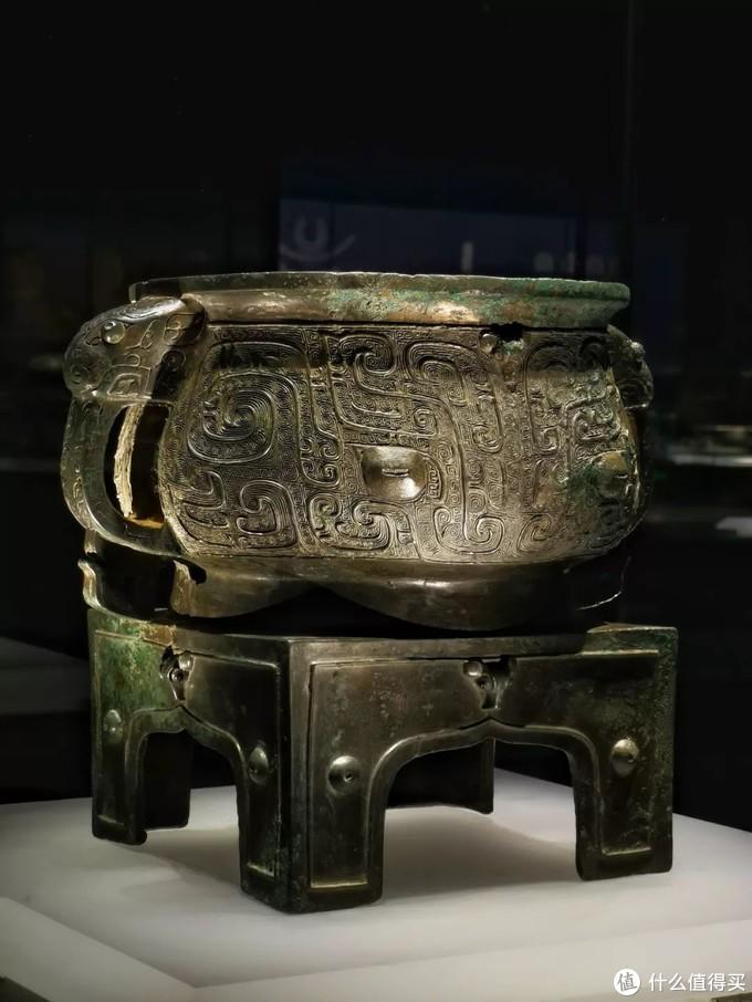兽面纹方座簋西周山西青铜博物馆侈口圆腹双耳方座式