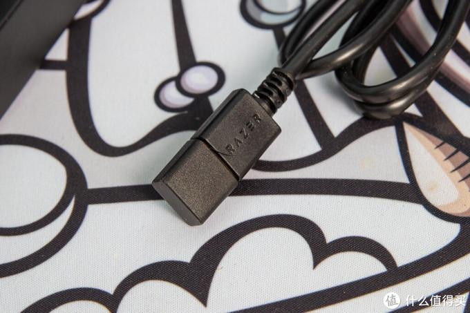 雷蛇黑寡妇X竞技版 背光款机械键盘开箱评测