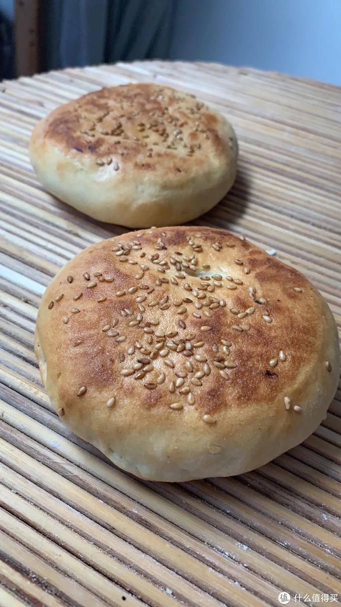 比葱油饼、蒸包子还简单的传统烤烧饼超细教程