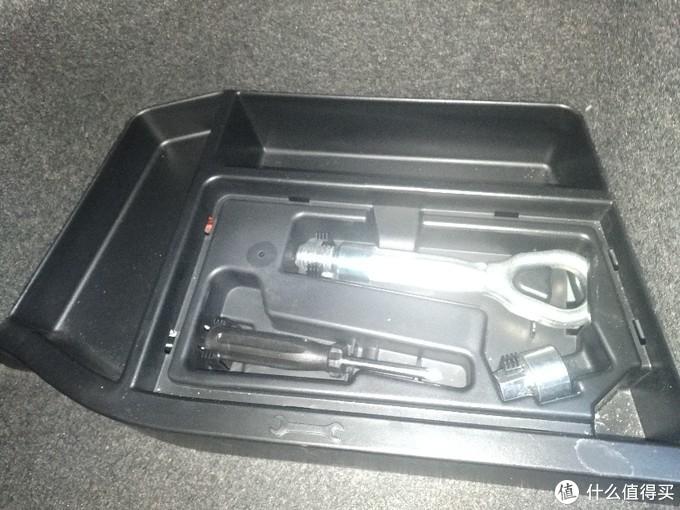 谣言终结者 揭秘 宝马3系后备箱里到底有没有口罩!!!