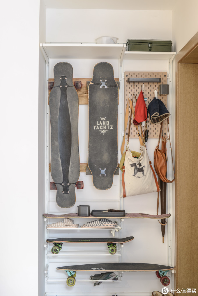 自己用木板挂在艾格特上做的滑板挂架