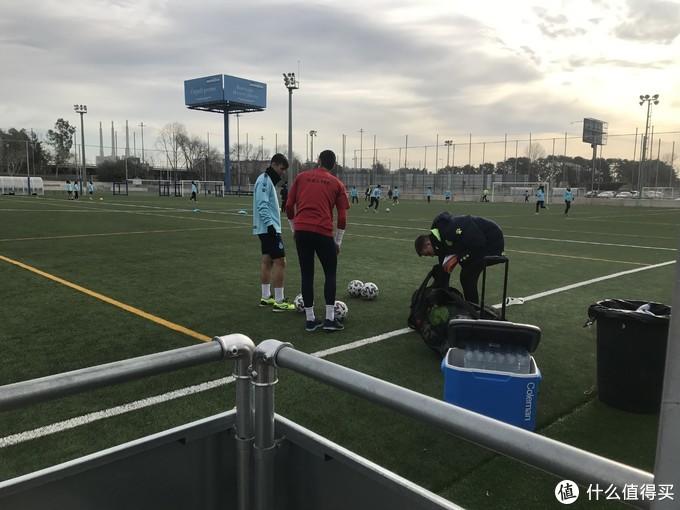 武磊又进球了!!西班牙人训练基地巴塞罗那丹尼-雅克体育城看武磊训练攻略