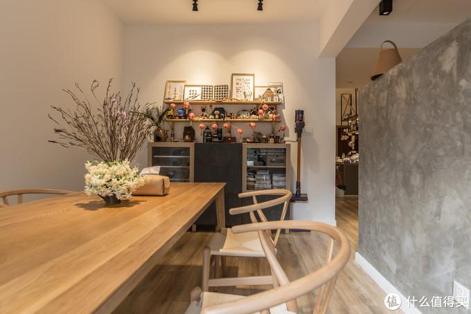 宜家的贝达系列配成的餐边柜
