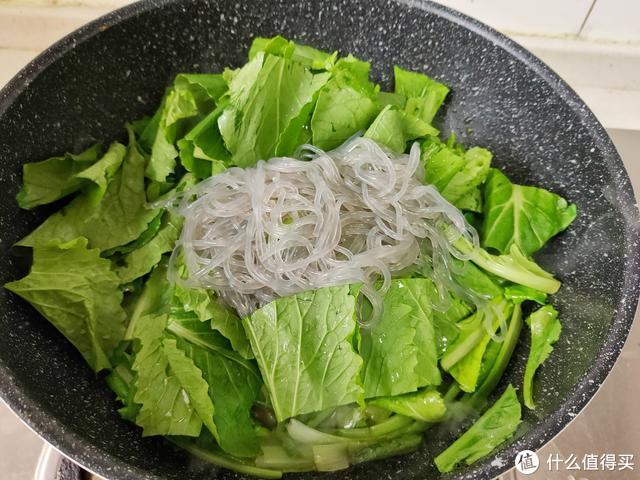 便秘最怕吃这菜,1块钱能炒一大盘,三天两头吃,肠道通还刮油