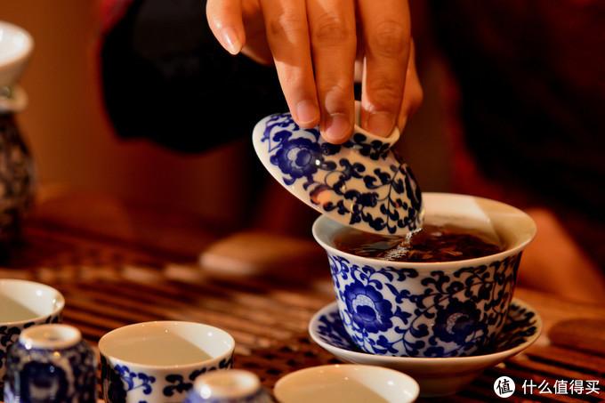 5年深入行业,数百万学费,可能是最有用的普洱茶系列文(四)乱棍打死泡茶老师傅