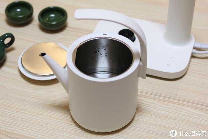 简约清新外观设计,三界推出二合一电水壶,自动旋转上水一键加热