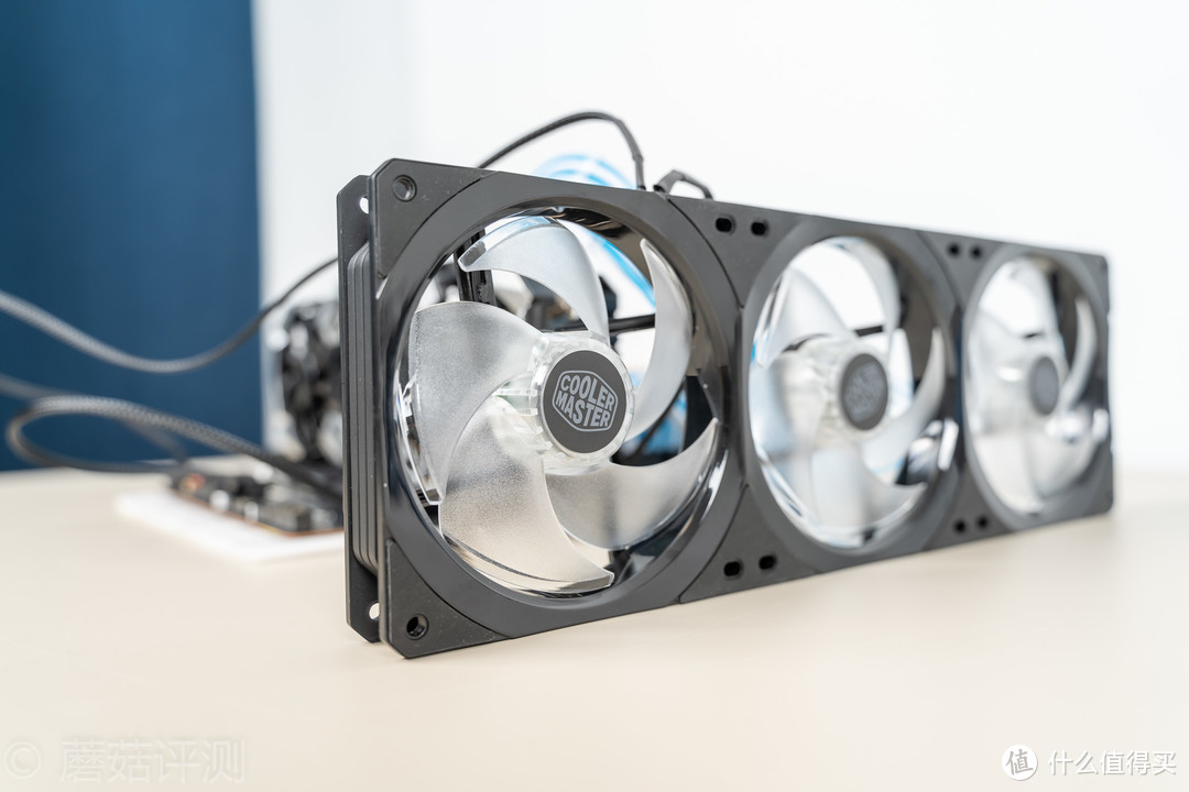 极致小巧,依然拥有不错的散热实力、乔思伯(JONSBO)HP400散热器 评测