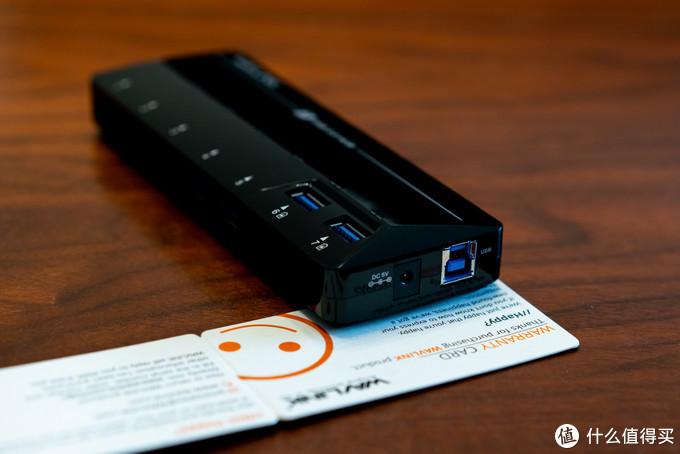 右侧这里是电源插孔、USB 3.0插座