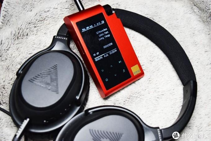 小巧精悍,三体合一的HIFIMAN R2R2000红色太子播放器体验点评