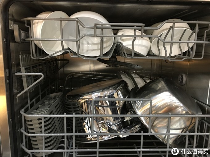 除菌率超过99%的洗碗机,只靠烘干效果好就能实现吗?除菌是否只是一纸空谈?