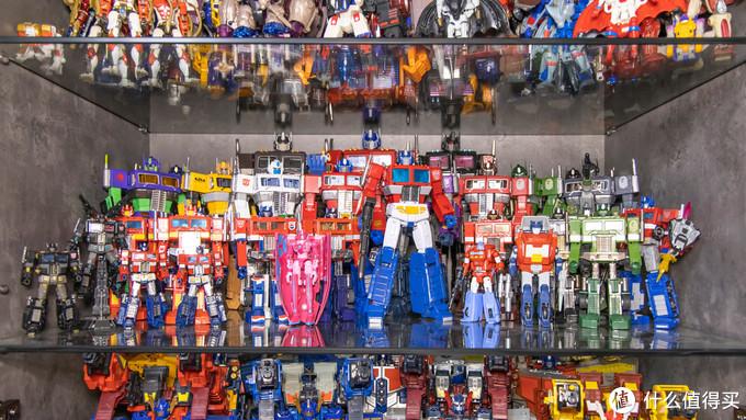 坐拥500+手办、乐高、12寸人偶,玩模老司机带你打开玩具的大门