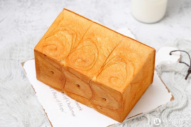 面包店老板都不轻易透露的配方,一次发酵省时省力,绵软又拉丝!