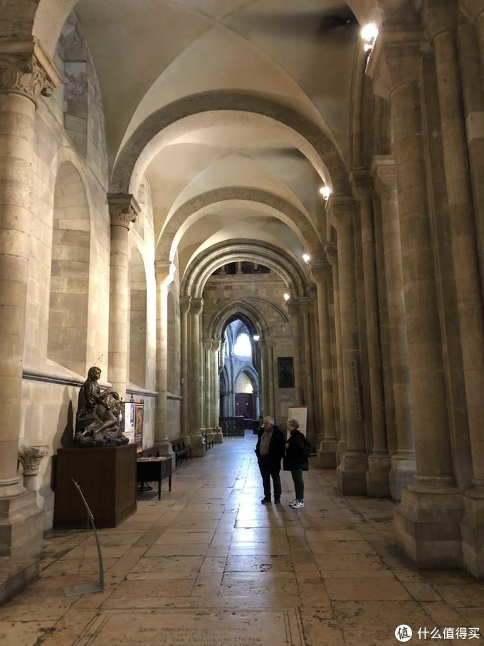 里斯本主教堂内景