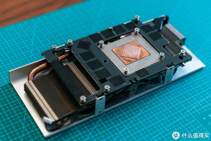 这样一套完整的53mm规格显卡散热器,二手市场买的话也不便宜