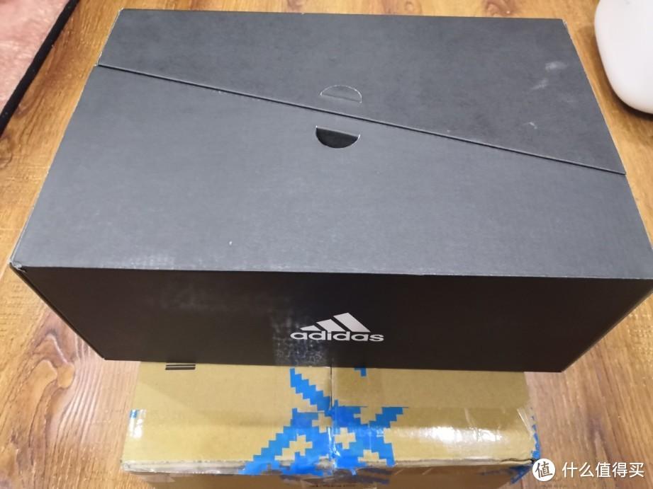 阿迪达斯UltraBOOST 城市系列-南京限定开箱