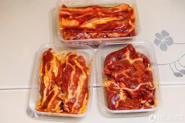 庆祝当家的第一天复工,三口人在家吃烤肉,花了二百多块钱剩一半