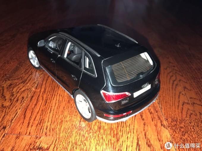 过年擦玩具车模系列——一辆城市越野AUDI Q5