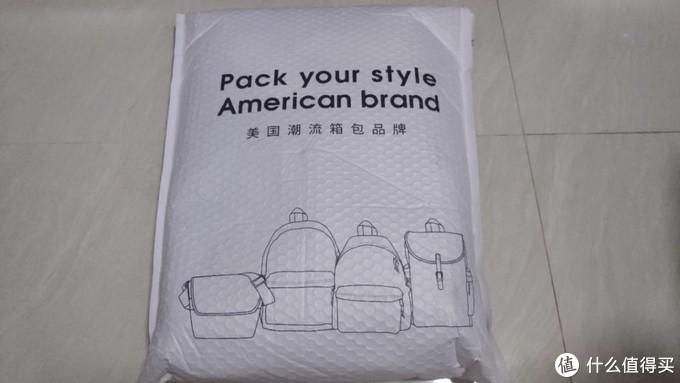 乍一看像是商业街那种三流产品的包装语