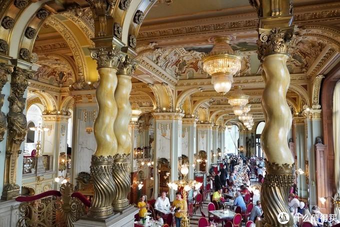 住进布达佩斯的旅游景点——布达佩斯纽约皇宫The Dedica Anthology