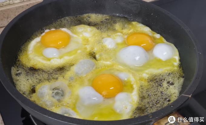原来这才是荷包蛋最好吃的做法,0失误超下饭,一看就能学会!