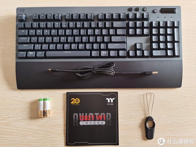 三模电竞机械键盘体验真香,来看TT G821评测吧
