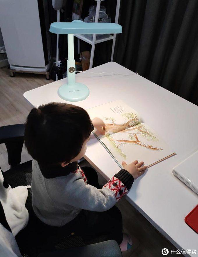 如何给孩子打造一个合适的学习环境?这些儿童学习好物帮你忙