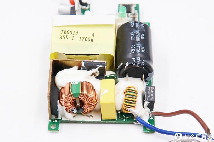 拆解报告:ANKER安克4 USB-A口六位美规插线板A2764