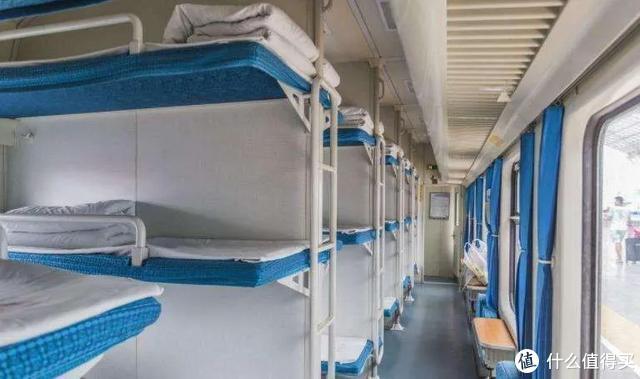 重磅!这家全球最佳航司,推经济舱卧铺!分上中下3层,堪比火车