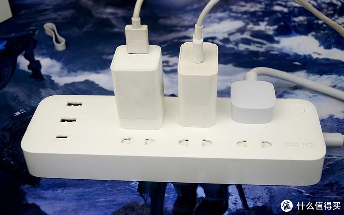 小米生态链新推自带65W Type-C接口插排:紫米六位延长线插座