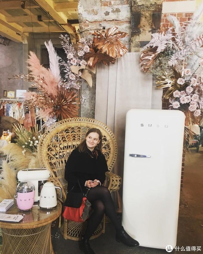 What?不用1万就能买到一台幸福感爆棚的SMEG复古冰箱,预算不够的我也先一睹为快!