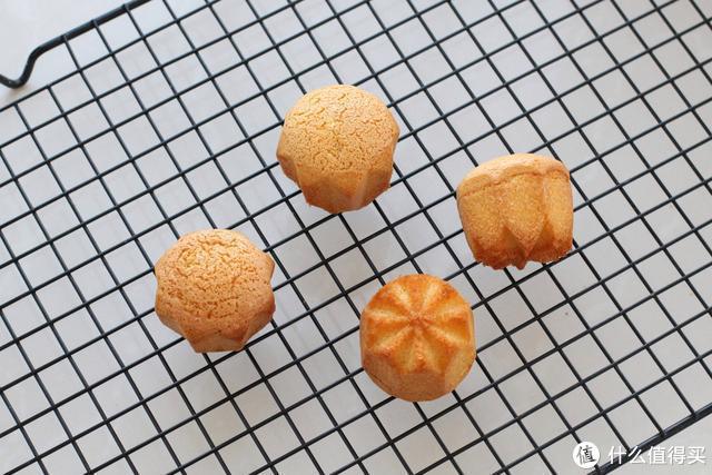 无水无油小蛋糕,只需四种食材复制老式味道,香甜Q弹不含添加剂