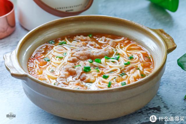 我家最爱的面食,热乎乎的煮上一锅,老公说一辈子也吃不腻