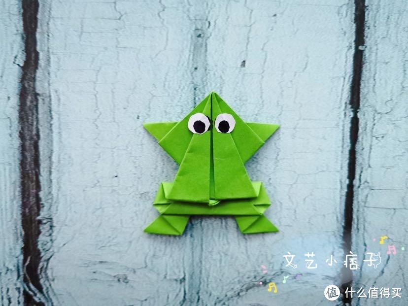 荷叶圆圆,俏皮的小青蛙在这里放声歌唱呢!