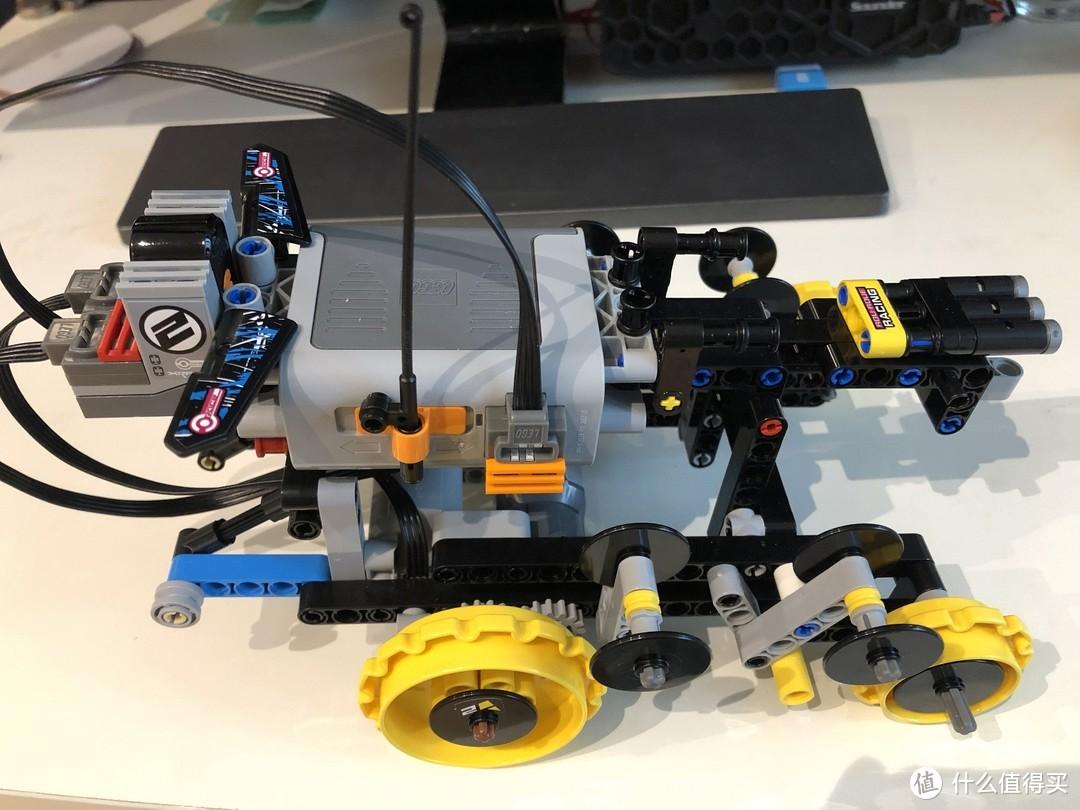 乐高机械组系列遥控特技赛车42095