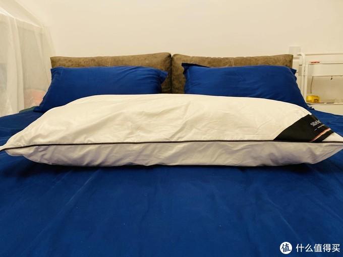 各类枕头乱斗横评 :最贵未必最好,教你买到最舒服的枕头
