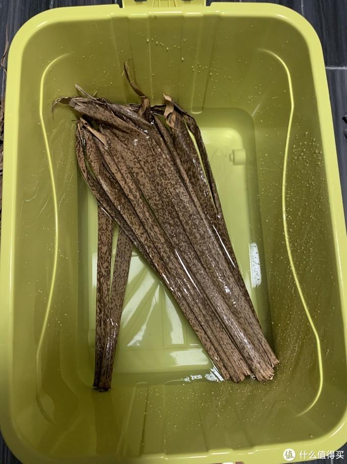 再待下去,我可以成为老手艺的继承人了----地道的宁波碱水粽制作