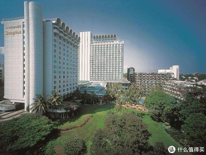 新加坡香格里拉大酒店我们更熟悉的就是大大和马娘娘的那次握手