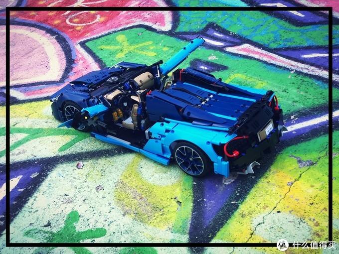 以上3张图片来源于Loxlego发布在rebrickable.com网站上的MOC作品介绍资料,图片版权属于原作者!