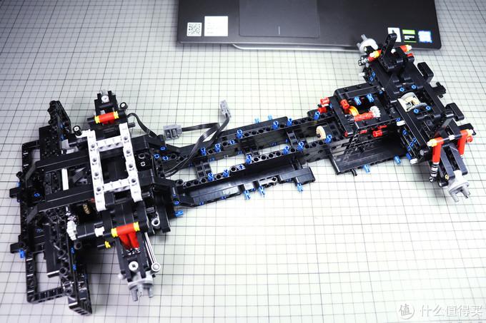 3700片零件+5电机的科技组积木旗舰-乐装2101埃文塔多评测