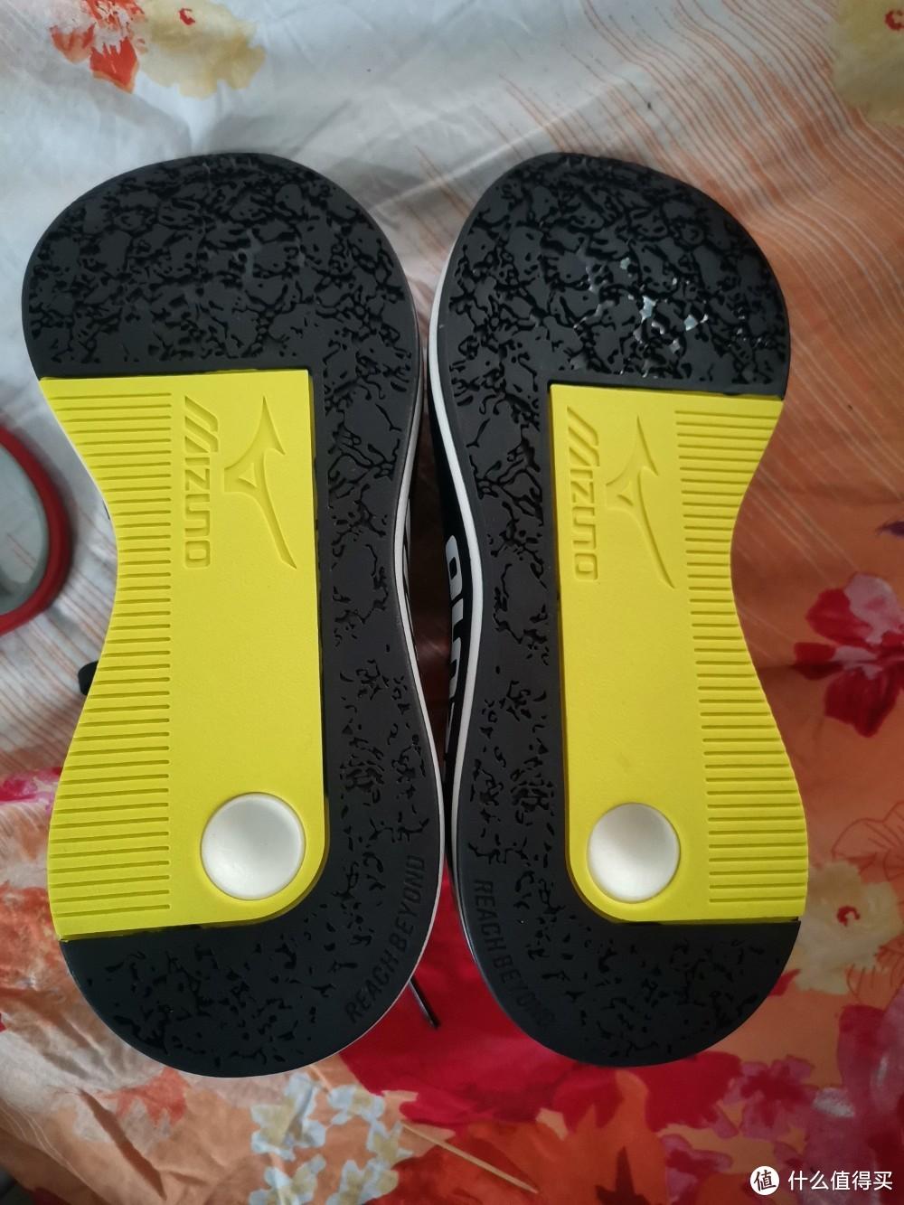 新人开箱体验:美津浓 潮流复古运动鞋 男休闲鞋PI D1GH2001