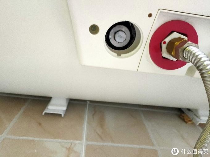给热水器洗个澡-----更换美的热水器镁棒小记