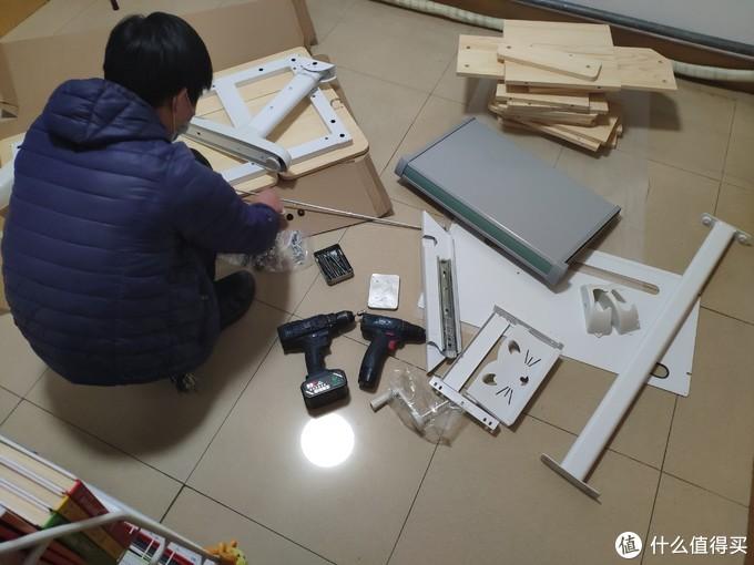 一切为了儿子——爱果乐天然原木学习桌椅开箱晒单