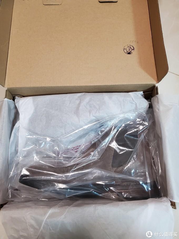 👆正主现身,单只包装,隔着塑料袋我有被他高级到